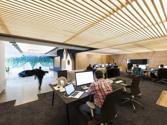 Hi-ReS! Office Space 2014/2015: Projektsteuerung Umbau Büroloft, Ausschreibung, Organisation, Beratung, Gewerkemeetings, Kostenschätzung und -verfolgung, Zeitplanung, Bauleitung, Planänderungen